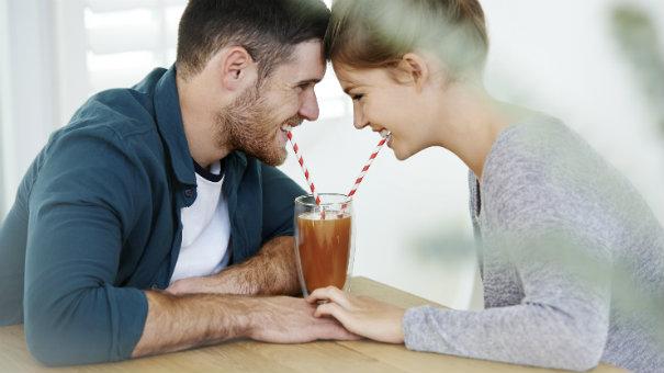 двойка пиеща смути